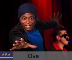 der afrikanische Sänger Ova Steel aus Köln