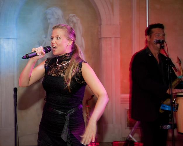 Nadine Weyer Live