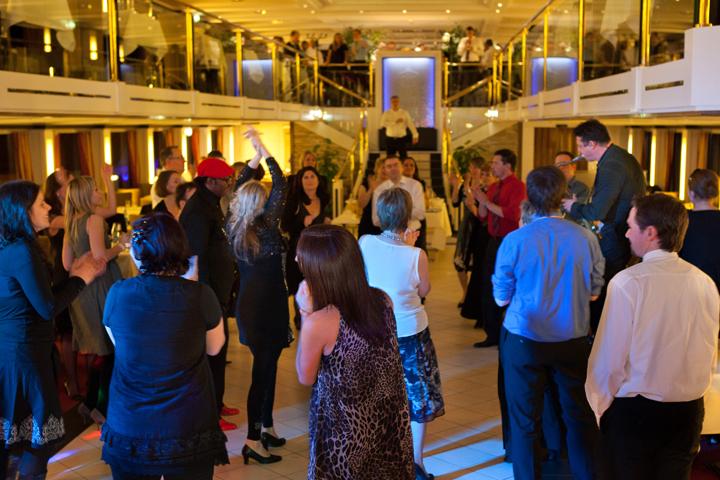 party auf dem schiff