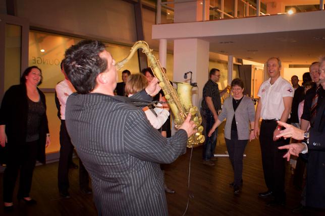 Live Einsatz für den Saxofonisten in Köln