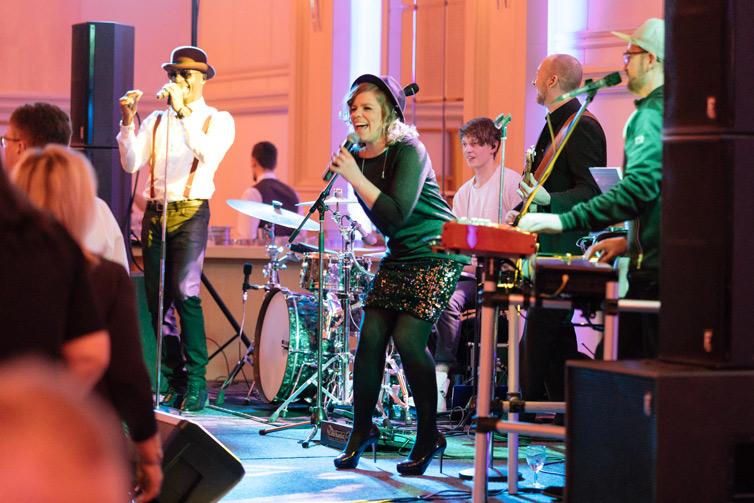 Eine Party in Düsseldorf mit unserer Liveband