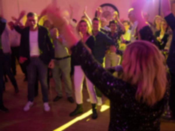 Die Partyband für große und kleine Events und Privatfeiern.