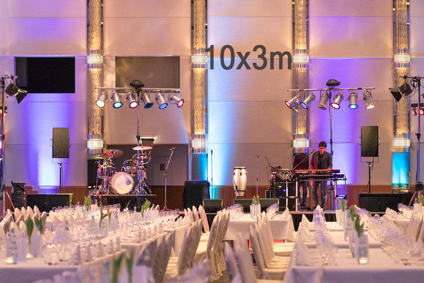Beschallungstechnik für 500 bis 600 Gäste.