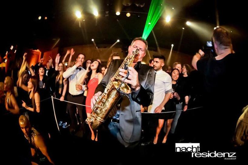 Rene DJ und Saxofonist