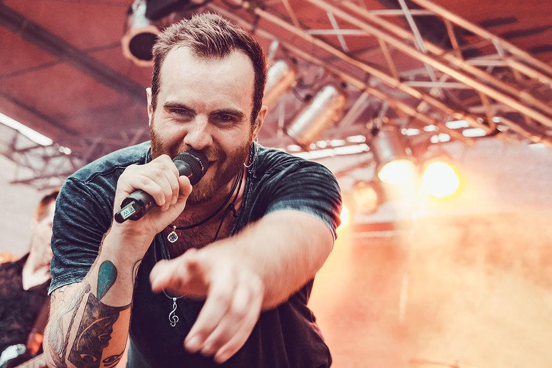 Livefoto vom Sänger Chris
