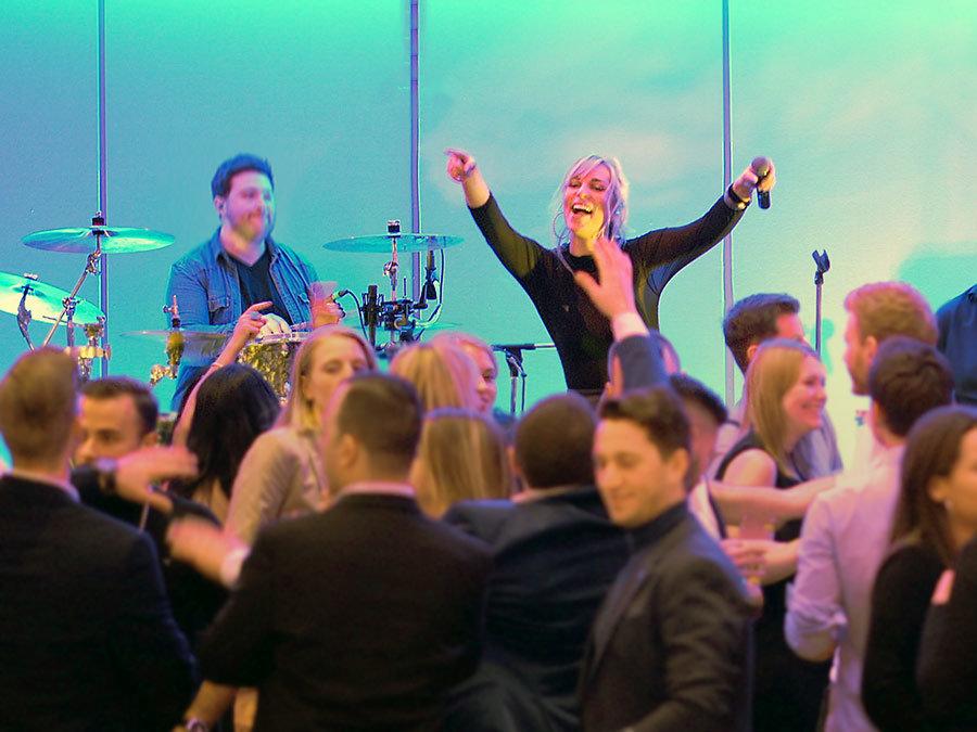 Party mit unserer Band | Event in Köln mit unserer Partyband.