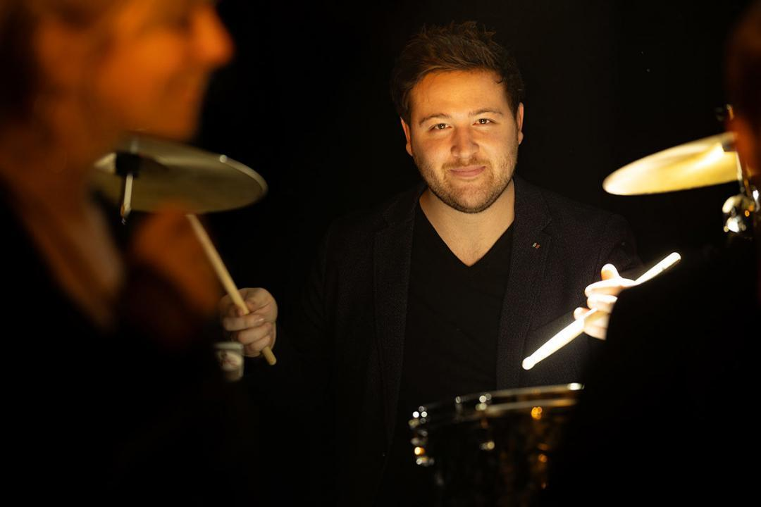 Drummer Patrick Nau ist Schlagzeuger der Wuppertaler Band