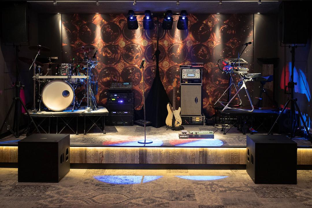 Partyband Bühnen Aufbau Foto