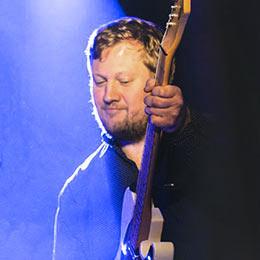 Partyband Gitarrist Julian